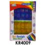 Kép 3/3 - Sablon rajzoló készlet, 4 betű és szám sablon, 6 filctoll, 14x21 cm dobozban